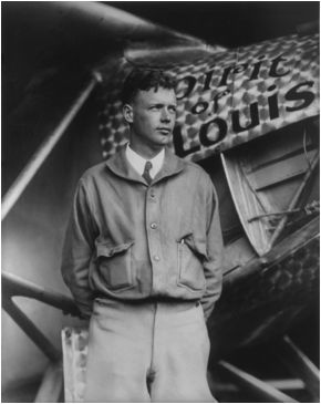 Description: https://upload.wikimedia.org/wikipedia/commons/5/59/Charles_Lindbergh_and_the_Spirit_of_Saint_Louis_%28Crisco_restoration%2C_with_wings%29.jpg