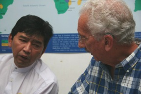 Min Ko Naing and Al speaking