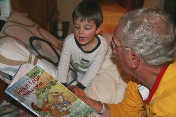 Jack and Al reading