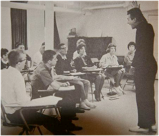 Professor Louie Palmer lecturing