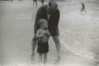 Al with his grandfather at the beach